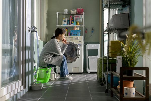 http://file.koreafilm.or.kr/still/copy/00/51/97/DST664864_01.jpg